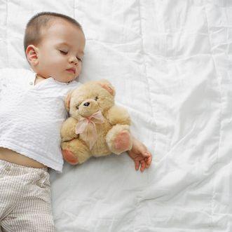 baby schlafen lernen durchschlafen baby. Black Bedroom Furniture Sets. Home Design Ideas