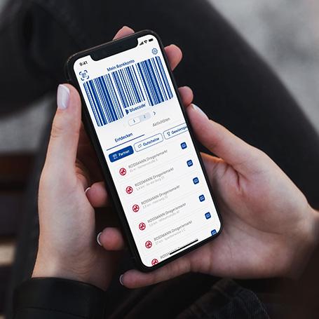 ROSSMANN und Bluecode starten kontaktloses Bezahlen